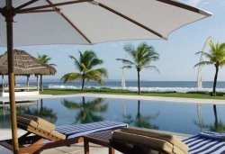 villas atas ombak for rent in Bali