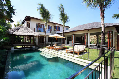 Bali Villa with Pool Fence